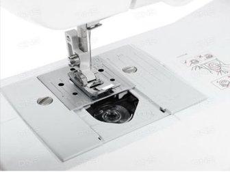 JX14Продаю новенькую швейную машину, комлет полный, в идеальном состоянии, в Архангельске