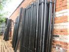 Скачать бесплатно изображение Строительные материалы Столбы металлические для забора Столбы новые грунтованные 44226328 в Архангельске