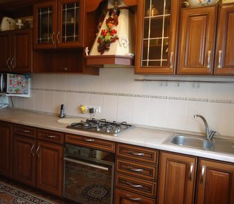Изображение в Мебель и интерьер Мебель для гостиной продам кухонный гарнитур, линейный из 12-ти в Барнауле 50000