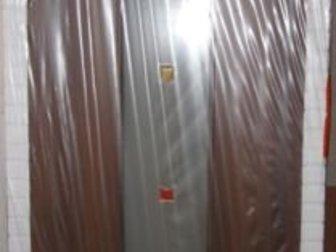 Продаю новую межкомнатную дверь Дера с дверной коробкой, Серия «Модерн», модель 305-СТ, размер 200х80 см, цвет темный орех,  Наличников нет, но их можно приобрести в Дмитрове