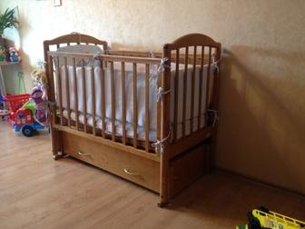 Увидеть foto Детская мебель Кроватка для новорожденного б/у 36588694 в Екатеринбурге