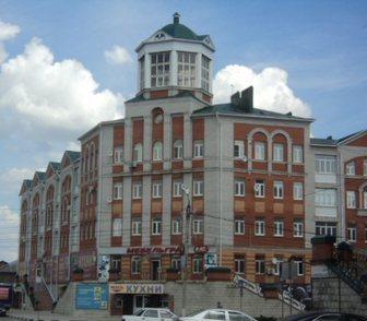 Фото в Недвижимость Продажа квартир Продам 4 ком. квартиру по ул. Орджоникидзе в Ельце 3550000
