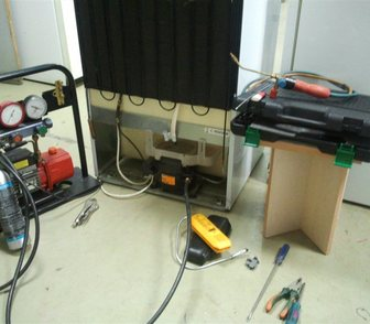 Фотография в Бытовая техника и электроника Ремонт и обслуживание техники Ремонт импортных и отечественных холодильников. в Гатчине 0