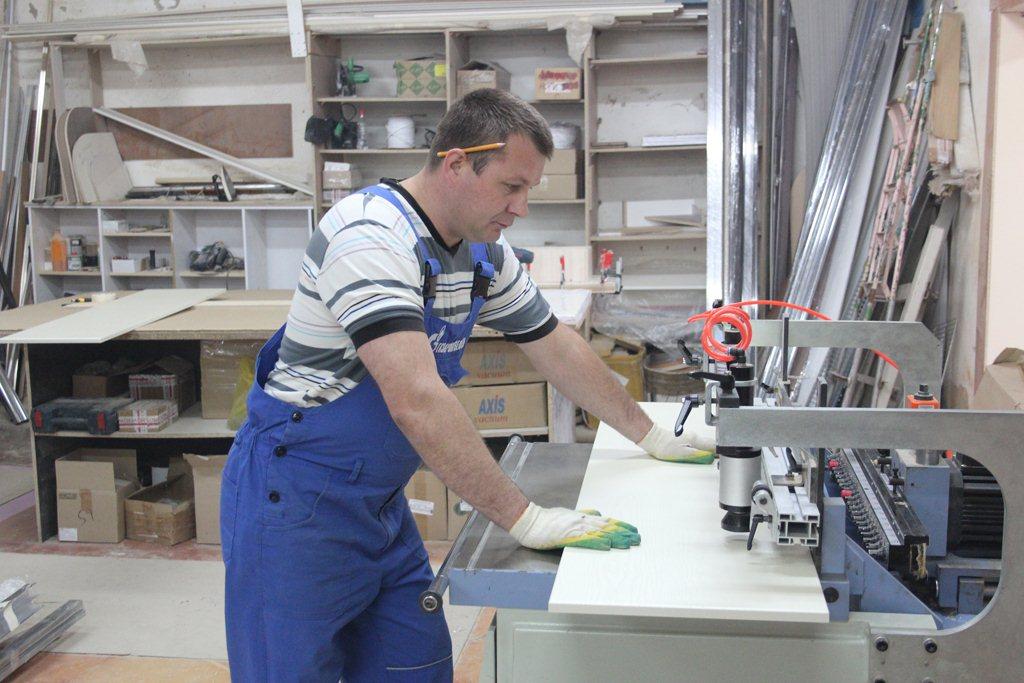 Изготовление шкафов-купе на заказ как бизнес - технология пр.