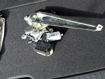 Уникальное изображение Автозапчасти Боковая левая задняя дверь на Toyota Corolla Fielder 33652144 в Хабаровске