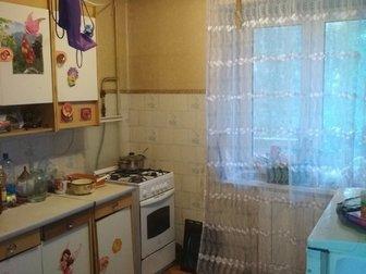 Продам 2-комнатную квартиру в доме 1986 г, п,  по ул,  Аксенова 22а Индустриального района,  Кирпичный дом, новая планировка, все раздельно, 50/30/8 кв, м, , этаж в Хабаровске