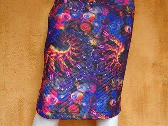 Скачать бесплатно фото Женская одежда Юбки яркой расцветки из стёганого трикотажа 34315144 в Якутске