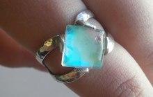 Перстень с опалом