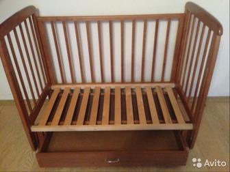 Продаю детскую кровать Соня 5 с продольным маятником,  Кровать в отличном состоянии после одного ребёнка !Есть ящик для белья (закрытый)Передняя стенка полностью в Колпино