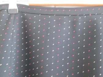 Скачать фото  Юбка черная в бело-красный горошек, Германия, р, 50 33846625 в Краснодаре