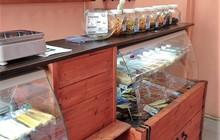 Барная стойка, из дерева (Сосна), со встроенными холодильниками