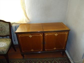 Скачать фото Антиквариат продам эксклюзивную мебель 36376621 в Москве