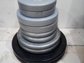 Просмотреть изображение Спортивный инвентарь Продам ШТАНГу для ЖИМа лёжа( в комплекте с скамьёй и блинами) 66419393 в Красноярске