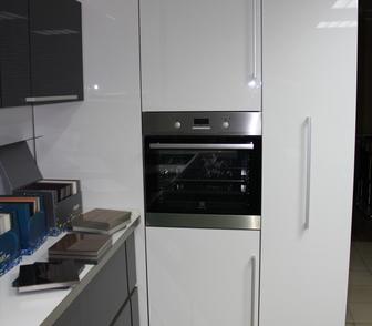 Изображение в   Продам совершенно новый (в упаковке) кухонный в Красноярске 180000