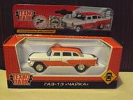 Автомобиль Газ-13 Чайка Технопарк Цвет:красно-белый, масштаб:1:43, сделан из мет