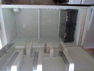 Продам холодильник Атлант двухкамерный, в хорошем состоянии, цвет:морозный иней.