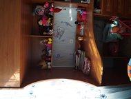 детская стенка с кроватью Продам детскую стенку, в комплект входит встроенный гл