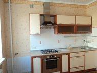просторная трехкомнатная квартира Очень светлая, просторная трехкомнатная кварти