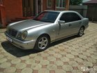 Mercedes-Benz E-класс 3.2AT, 1998, битый, 440000км