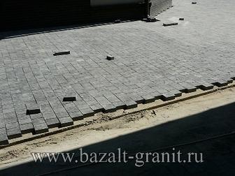 Смотреть изображение Строительные материалы Брусчатка базальтовая полнопиленная 10х10х5 термо 20558603 в Москве