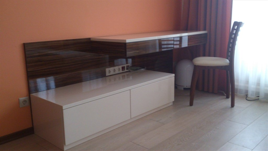 Екатеринбург: шкафы,кухни,гостиные,прихожие и другая мебель .