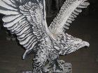 Уникальное фотографию  Скульптура из бетона Орел 33361472 в Москве