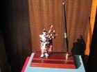 Новое фотографию Разное Статуэтка фигурка Шотландец с волынкой, письменный набор с ручкой, подарок 38767300 в Москве