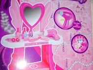Туалетный столик Стилист Сердце Игровой набор 10 предметов Туалетный столик Стил