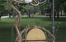 Креативная скамья Влюбленные фонари