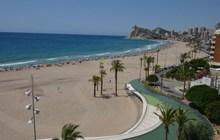 Недвижимость в Испании, Квартира на первой линии пляжа в Бенидорм