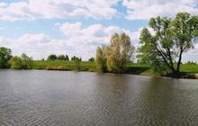 Земля сельхозназначения у озера