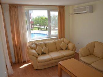 Увидеть изображение Зарубежная недвижимость Двухкомнатная квартира в Болгарии с видом на море и бассейны 32815321 в Москве