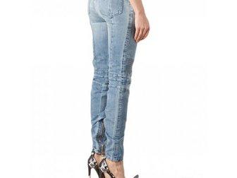 Уникальное фото Женская одежда Джинсы для девушек от Pierre Balmain 33292740 в Москве