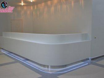 Увидеть фото Производство мебели на заказ Стойка администратора из искусственного камня 33316853 в Москве