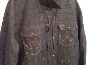 Свежее фотографию Мужская одежда Джинсовка Wrangler XL(50-52) 33605036 в Москве