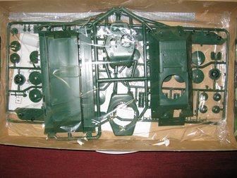 Просмотреть фото Коллекционирование Сборная модель-копия:Танк т-34 34050490 в Москве