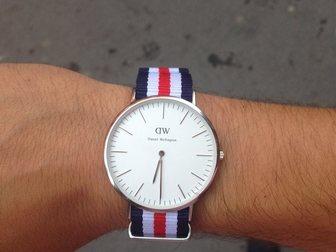 Просмотреть фото Часы Часы DW Сanterbury (серебряный корпус) 34665054 в Москве