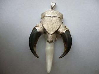 Скачать фото  кулон серебро-золото Медведь авторская работа 35337860 в Москве