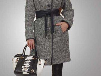 Смотреть фотографию  Пошив пальто для женщин различных моделей 40737652 в Москве
