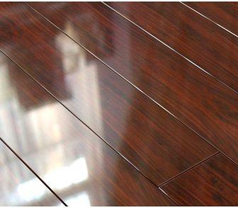 Фото в Строительство и ремонт Отделочные материалы Ламинат Евростиль, Diamond, глянец, 111 Орех в Москве 1050