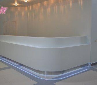 Фотография в Мебель и интерьер Производство мебели на заказ Стойка администратора из искусственного камня в Москве 76000