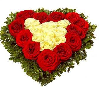 Изображение в Услуги компаний и частных лиц Разные услуги Подарок в виде сердца из прекрасных цветов, в Москве 3450
