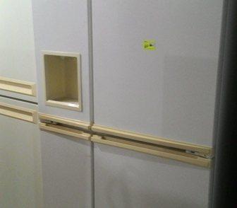 Фото в Бытовая техника и электроника Холодильники Продам широкий, 4-х дверный холодильник. в Москве 20000