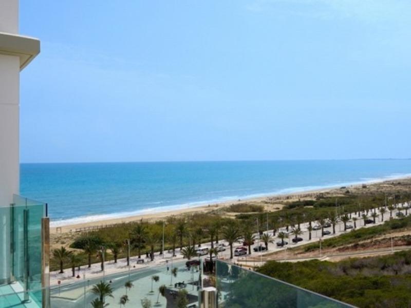 Ресторан на 1 линии пляжа в Марбелье • Форум