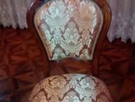 Стол и стулья производства Малайзия продается стол раздвижной 3, 5 метра и стуль