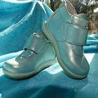 Легкие кожаные ботиночки на девочку