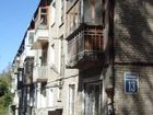 Продается комната с балконом в трехкомнатной квартире с новы