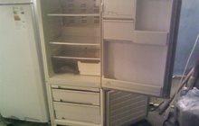Холодильник двухкамерный приличный