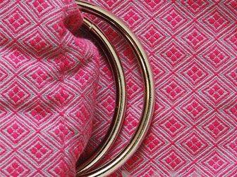 Увидеть фото Товары для новорожденных Слинг с кольцами алмазное плетение Y@mmy Mammy Garnet (брусничный/серый) 33271226 в Новосибирске