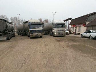 Смотреть фото Разное Грузовой шиномонтаж на трассе 33750985 в Новосибирске